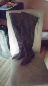 Beautiful over the knee boots Sz 8