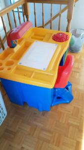 Bureau pour enfant avec chaise