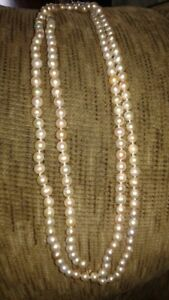 Freshwater Pearl Necklace & Earings