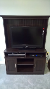 TV Cabinet Hutch In Great Condition $100 Or Best Offer