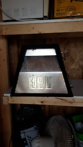 sub woofer JBL 1000 w avec fillage