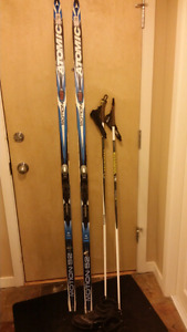 Classical xc skis and poles