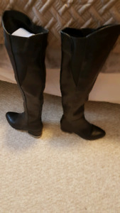 Ladies high knee boots size 8