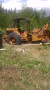 74 s7 international skidder