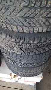 205/60R15 Winter Tires Edmonton Edmonton Area image 3