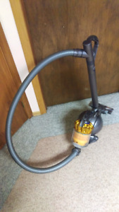 Dyson DC36 Turbinehead Compact Canister Vacuum Cleaner