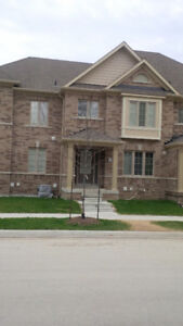 Newer 3 BR executive TH - Pickering (Brock & Taunton)