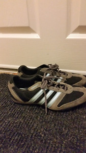 Adidas running shoes like new