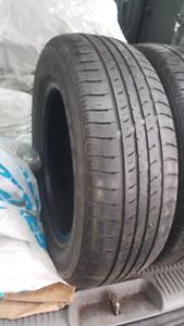 4 pneu d'ete nexen 195 65R 15 bon etat
