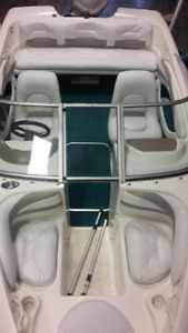 BOAT INTERIORS AND COVERS from SIGNATURE COVER