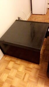 GLASS TOP COFFEE TABLE FOR APARTMENT