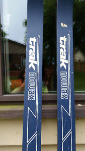 Cross Country Skis and Poles For Sale Sarnia Sarnia Area image 8