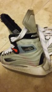Hockey Skates - Bauer Vapor Lite Youth 11 skates