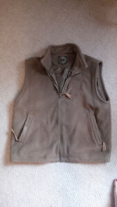 Fleece vest size LARGE Kitchener / Waterloo Kitchener Area image 1