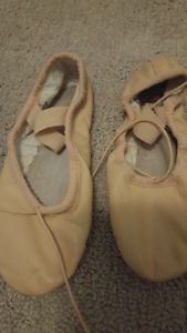 Girls leather ballet shoes size 10.5
