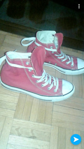 Converse red size 7Y