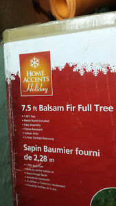Home Accents Holiday 7.5 ft Balsam Fir Full Tree Kitchener / Waterloo Kitchener Area image 2