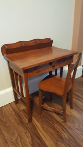 CUTE CHILD SIZE DESK AND CHAIR - EXCELLENT CONDITION