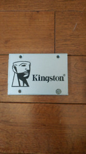 Kingston 240gb SSD Solid state drive
