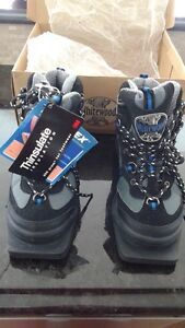 Whitewoods 3 pin cross country ski boots