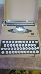 Smith corona scm typewriter