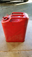 5 gallon old style metal gas can