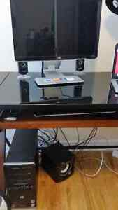 BUNDLE - 2007 HP Computer with Monitor and Speakers