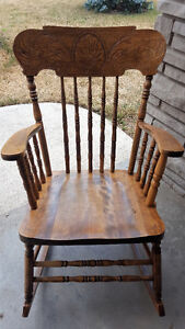 DINING SET AND VARIOUS CHAIRS FOR SALE Kitchener / Waterloo Kitchener Area image 5