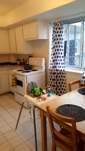 1 BEDROOM: 10 month Lease Transfer Aug 1 - May 31