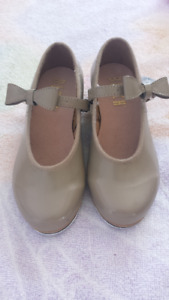 Girls Tap shoes