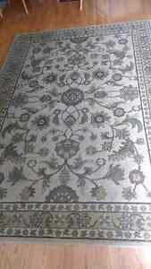 Apple Butter Area Accent Rug. Mint Condition.