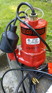 Red lion submersible pump