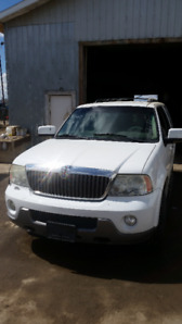 2003 Lincoln Navigator FOR SALE  *reduced price*