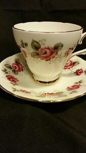 Delphine - Tea Cup and Saucer Belleville Belleville Area image 3