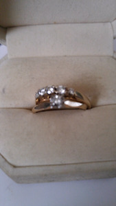 ladies engagment ring set
