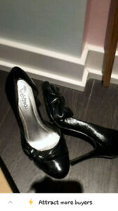 le chateau high heels size 8