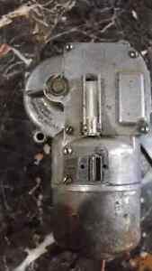 Electric wiper motor vintage West Island Greater Montréal image 6