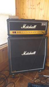 Marshall JCM-2000 half stack