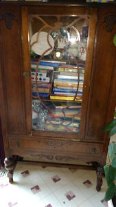 China cabinet/jelly cupboard