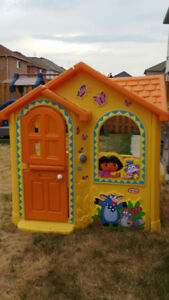 Dora Outdoor Clubhouse