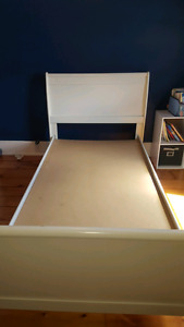 Single bed frame good condition