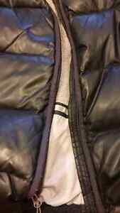 Eddie Bauer Goose Down Bomber winter coat Size Medium Belleville Belleville Area image 3
