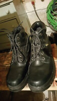 Safety Work Boots – Made in Canada size 8 ½