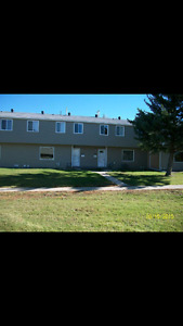 3 bedroom townhouse for rent March 1st ASAP