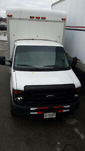 2011 Ford E-350 Cube Truck