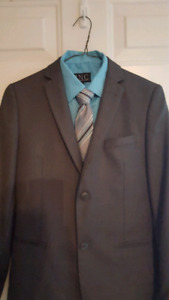 Boys Grey Suit with jacket, pants, shirt and tie.  Size 14