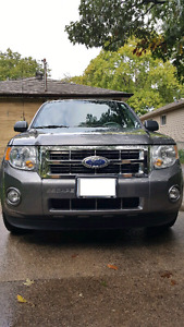 2011 FORD ESCAPE XLT FOR SALE!