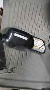 snap on tow mirrors from a 2006 gmc Sierra