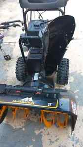 Lightly used snowblower Great Deal!!