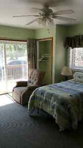 Senior/Haqndicap accessible room on Bay of Quinte